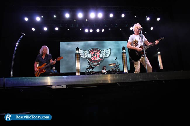 REO Speedwagon delivers the fun at Thunder Valley (photos
