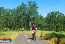 Roseville cyclist on trails